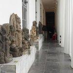 Arca dari berbagai candi di Indonesia