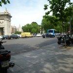 Puerta de Alcala - bom passeio
