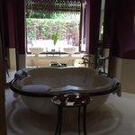 Reserve Pool Villa 28 - indoor bath tub
