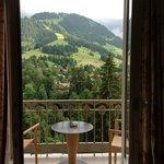 wunderschöne Aussicht auf die Berge vom Zimmer