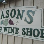 Foto de Season's Cafe and Wine Shop