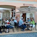 1552 Restaurant
