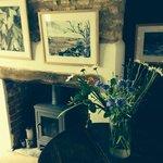 star cottage breakfast room fireplace