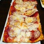 pepperoni flatbread (amazing!!)