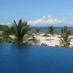 piscina spiaggia da sala colazione