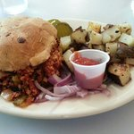 Sloppy Jane and fried potatoes