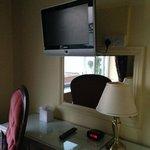 Bedroom / TV