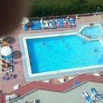 la piscina desde la habitacion