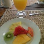 fruit before breakfast
