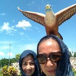 many people taking photos with the eagle so better be quick