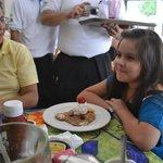 Festejando a mi Amira!