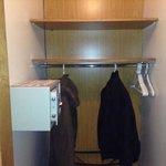 Closet con caja de seguridad