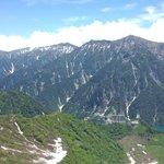 大観峰から見た後立山連峰と黒部湖