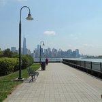 Paseo de mañana por Downtown Jersey City