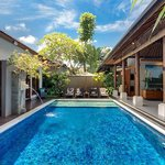 Villa Toba - swimming pool