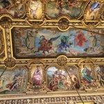 グラン・フォアイエの天井