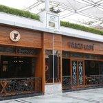 Farzi Café