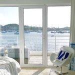 Coral Beach Club, Waterfront/Harbor villa #19