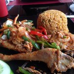 Grilled pepper chicken and spicy rice