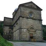 Facciata di Santa Maria del Calcinaio a Cortona