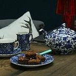 Blue Arden and Calico mixed together to create a classic blue & white look