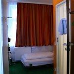 Zimmer für eine Person in der Pension Stadthalle