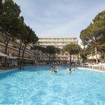 Piscina Hotel Oasis Park