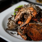 Deep-fried crab with black pepper