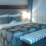 doubleroom queen size bed