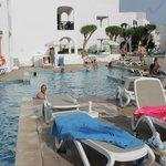 piscine réservée aux adultes