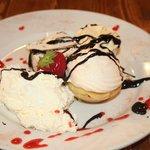 Glorious 3 mini items dessert.