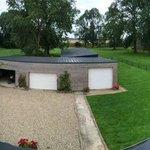 côté jardin avec garage pour les motos
