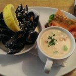 Chowder Cafe combo... Excellent!