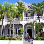 Classic Southern mansion in the Keys