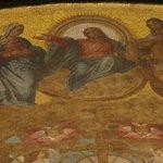 detalhe de mosaico (interior da basilica)