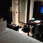 La chambre toute petite.
