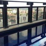raia da piscina no terraço