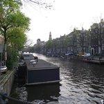 Herengracht visto da janela do quarto.