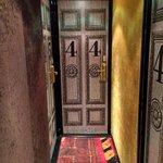 Dörren till vårt rum