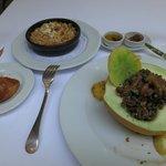 Carne picada con melón; de acompañamiento cous-cous
