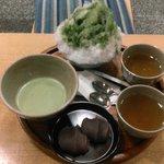 温かい抹茶赤福セット>念願の赤福氷