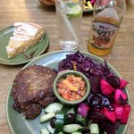 Tamarind cutlet, red cabbage with apples and salad