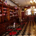 Foto de American Old Fashioned Ice Cream Parlor