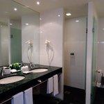 Bathroom Suite at the Sofitel