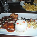 Dinner was outstanding. The chargrilled chicken was divine..