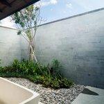 All bathrooms landscaped and private