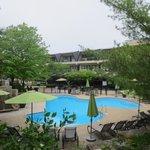 Saltwater pool (heated)