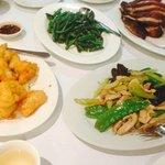 Salt & pepper Squid, Chicken in snow pea, beans in oyser sauce and Duck tea