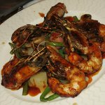 Grilled gambas and fresh vegetables