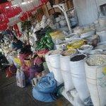 Además un hermoso entorno donde podemos conocer productos usados por la comida local